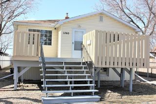 Photo 1: 1260 Elliott Street in Regina: Eastview RG Residential for sale : MLS®# SK845301