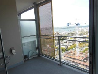 """Photo 9: 1805 125 E 14TH Street in North Vancouver: Central Lonsdale Condo for sale in """"Centreview Tower B"""" : MLS®# R2364010"""