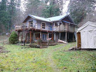 Photo 1: 929 BAYVIEW Road: Roberts Creek House for sale (Sunshine Coast)  : MLS®# R2145495