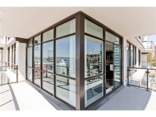 """Photo 7: 1104 162 VICTORY SHIP Way in North Vancouver: Lower Lonsdale Condo for sale in """"ATRIUM AT THE PIER"""" : MLS®# V876116"""