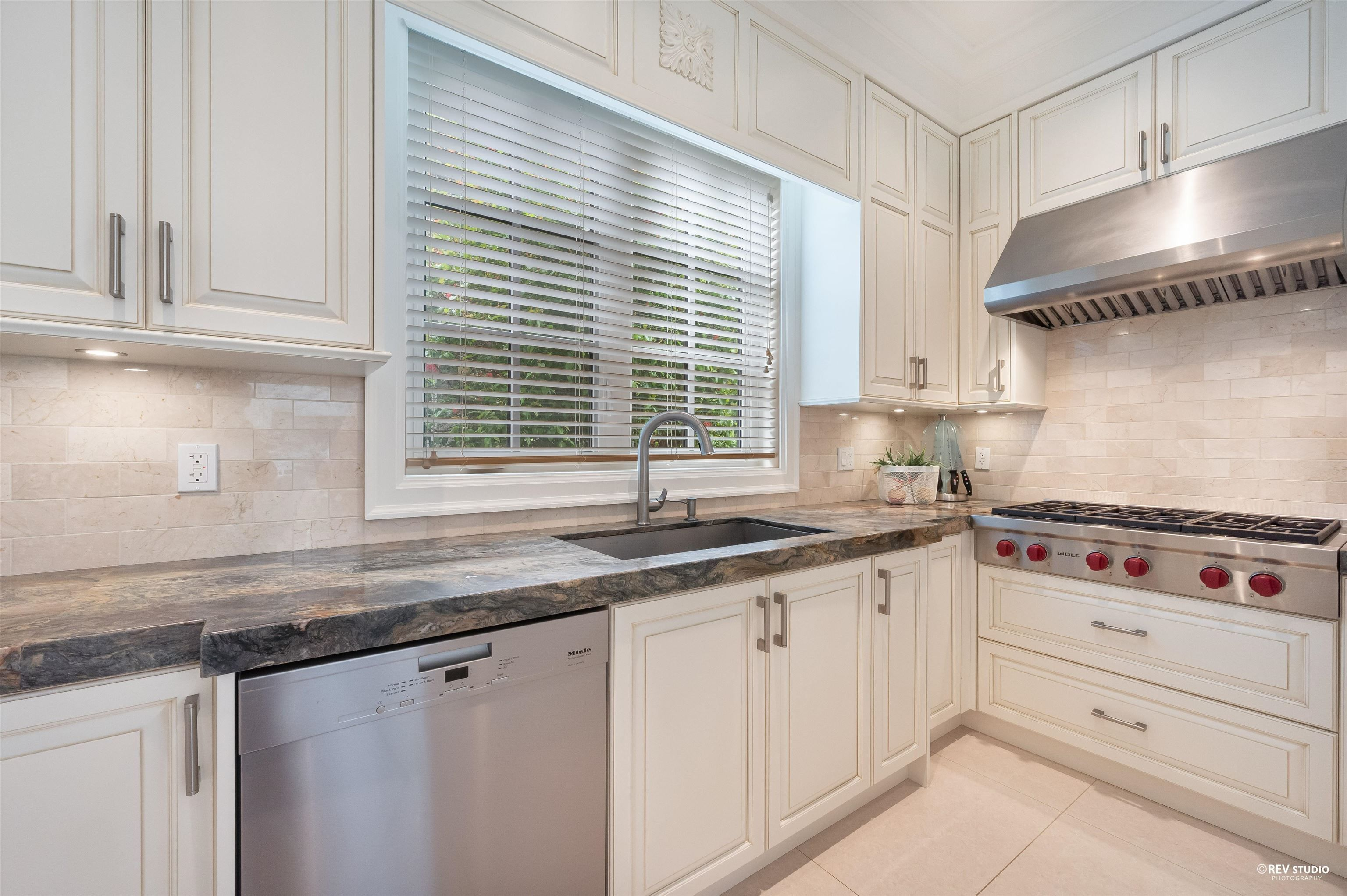 Photo 13: Photos: 4619 W 14TH Avenue in Vancouver: Point Grey House for sale (Vancouver West)  : MLS®# R2615616
