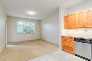 """Photo 8: 106 2511 KING GEORGE Boulevard in Surrey: King George Corridor Condo for sale in """"PACIFICA RETIREMENT RESORT"""" (South Surrey White Rock)  : MLS®# R2388617"""