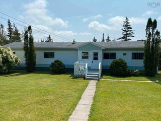 Photo 1: 3267 Clam Harbour Road in Clam Harbour: 35-Halifax County East Residential for sale (Halifax-Dartmouth)  : MLS®# 202121810