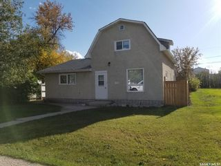 Photo 1: 138 3rd Avenue East in Unity: Residential for sale : MLS®# SK828108