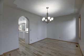 Photo 7: 83 SILVERSTONE Road NW in Calgary: Silver Springs Detached for sale : MLS®# A1022592