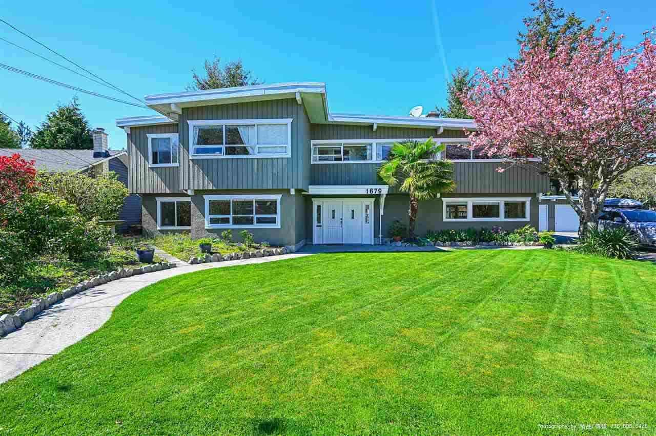 Main Photo: 1679 58 Street in Delta: Beach Grove House for sale (Tsawwassen)  : MLS®# R2591441