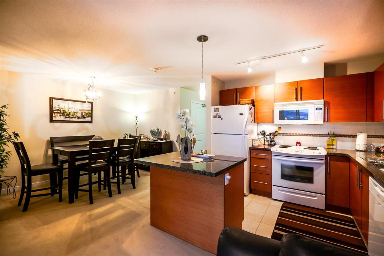 Photo 9: Photos: 2001 5611 GORING STREET in Burnaby: Central BN Condo for sale (Burnaby North)  : MLS®# R2028864