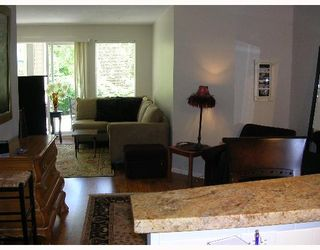 """Photo 3: 110 1150 E 29TH Street in North_Vancouver: Lynn Valley Condo for sale in """"HIGHGATE"""" (North Vancouver)  : MLS®# V651144"""
