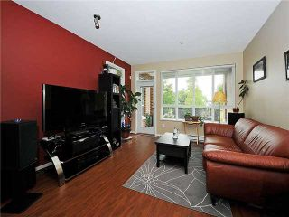 """Photo 4: 102 3551 FOSTER Avenue in Vancouver: Collingwood VE Condo for sale in """"FINALE"""" (Vancouver East)  : MLS®# V901635"""