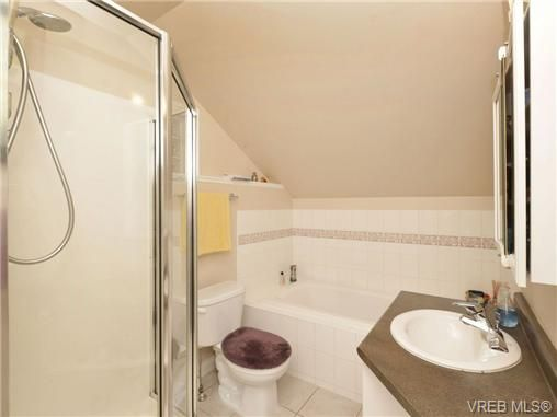 Photo 11: Photos: 2 225 Vancouver St in VICTORIA: Vi Fairfield West Row/Townhouse for sale (Victoria)  : MLS®# 699891