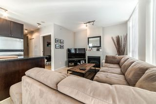 """Photo 5: 706 1001 HOMER Street in Vancouver: Yaletown Condo for sale in """"BENTLEY"""" (Vancouver West)  : MLS®# R2219801"""