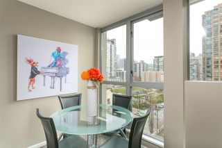 "Photo 6: 806 1238 RICHARDS Street in Vancouver: Yaletown Condo for sale in ""Metropolis"" (Vancouver West)  : MLS®# R2151937"