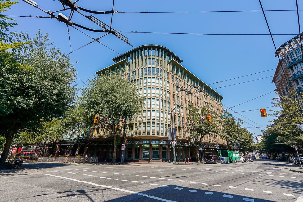 """Main Photo: 502 1 E CORDOVA Street in Vancouver: Downtown VE Condo for sale in """"CARRALL STATION"""" (Vancouver East)  : MLS®# R2598724"""