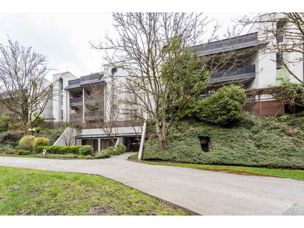 """Main Photo: 203 1945 WOODWAY Place in Burnaby: Brentwood Park Condo for sale in """"Hillside Terrace"""" (Burnaby North)  : MLS®# R2249414"""