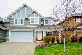 Photo 2: 32633 EGGLESTONE Avenue in Mission: Mission BC House for sale : MLS®# R2557371