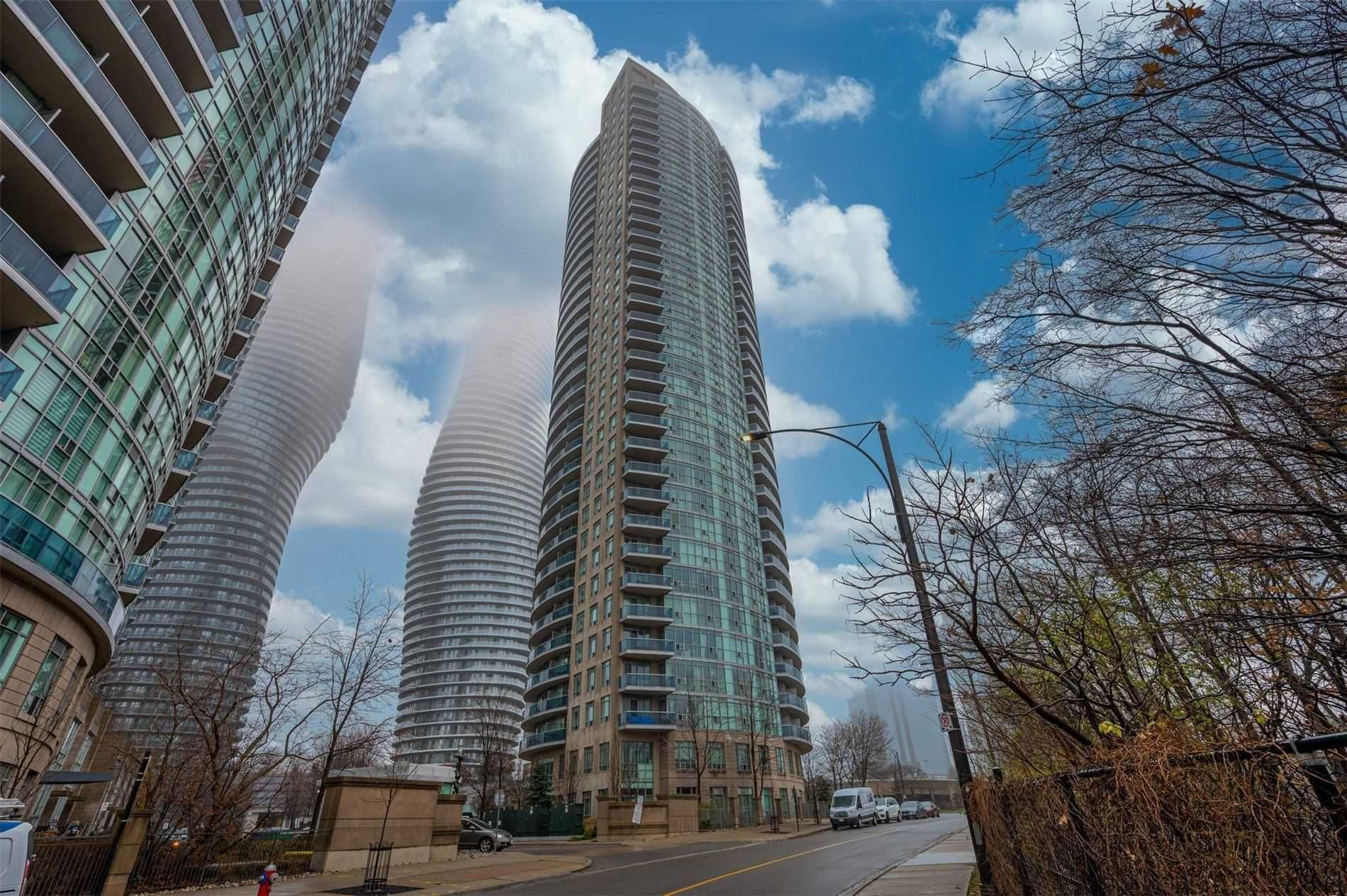 Main Photo: 80 Absolute Ave Unit #2708 in Mississauga: City Centre Condo for sale : MLS®# W5001691