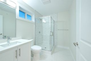 Photo 16: 2158 MANNERING Avenue in Vancouver: Collingwood VE 1/2 Duplex for sale (Vancouver East)  : MLS®# R2309901