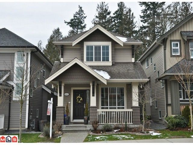 "Main Photo: 6013 164TH Street in Surrey: Cloverdale BC House for sale in ""VISTA'S"" (Cloverdale)  : MLS®# F1100146"