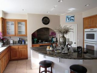 Photo 4: VISTA House for sale : 4 bedrooms : 2339 Carioca Place