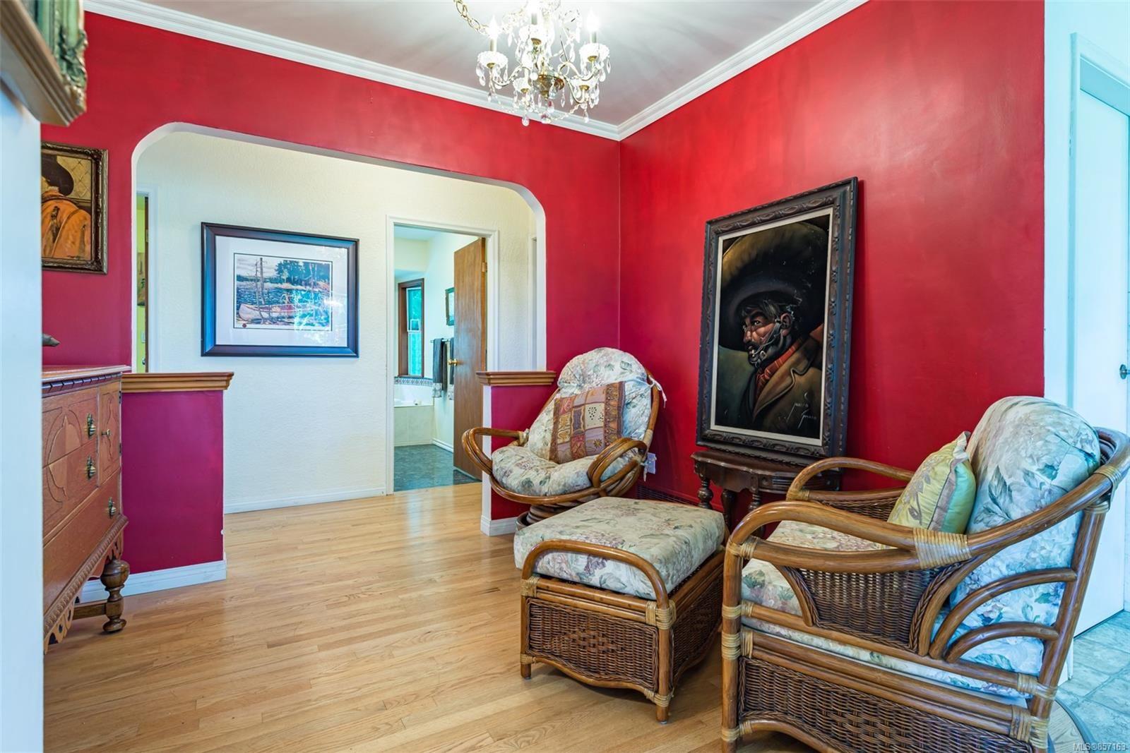 Photo 22: Photos: 4241 Buddington Rd in : CV Courtenay South House for sale (Comox Valley)  : MLS®# 857163