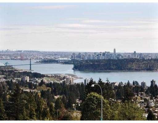 "Main Photo: 68 2212 FOLKESTONE Way in West_Vancouver: Panorama Village Condo for sale in ""PANORAMA VILLAGE"" (West Vancouver)  : MLS®# V702635"