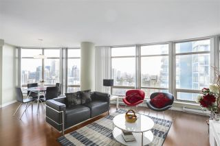 """Main Photo: 2102 1200 ALBERNI Street in Vancouver: West End VW Condo for sale in """"Palisades"""" (Vancouver West)  : MLS®# R2589053"""