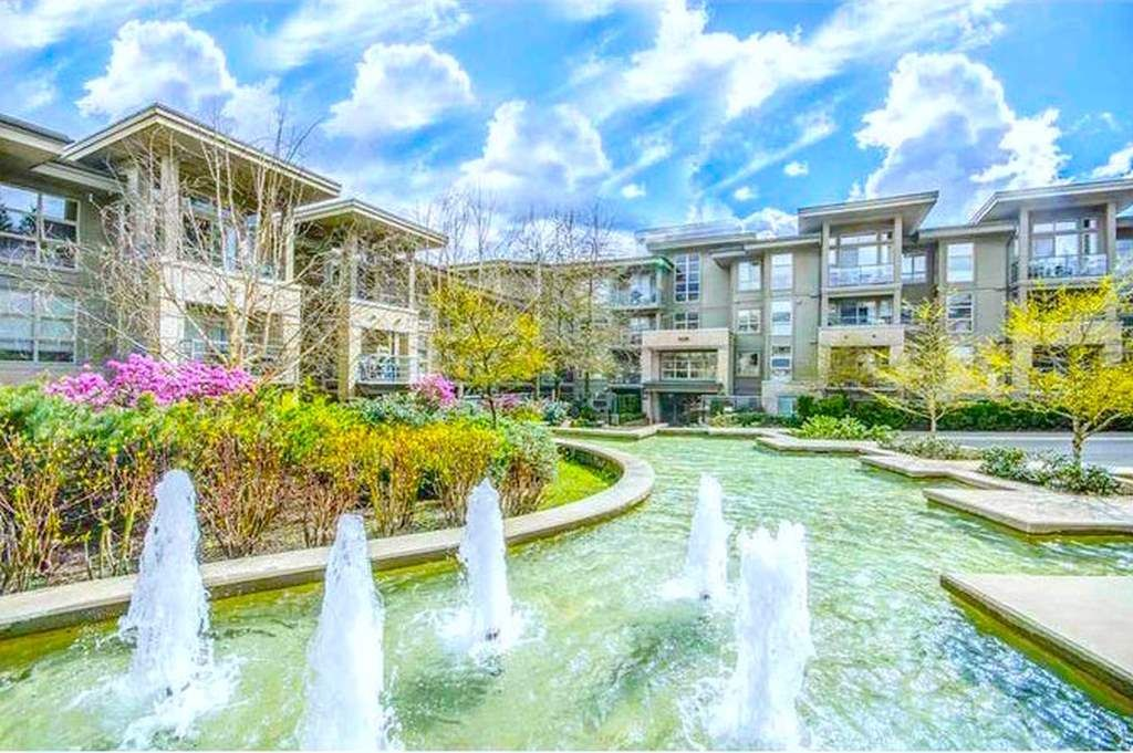 """Main Photo: 411 9339 UNIVERSITY Crescent in Burnaby: Simon Fraser Univer. Condo for sale in """"HARMONY AT THE HIGHLANDS"""" (Burnaby North)  : MLS®# R2576436"""