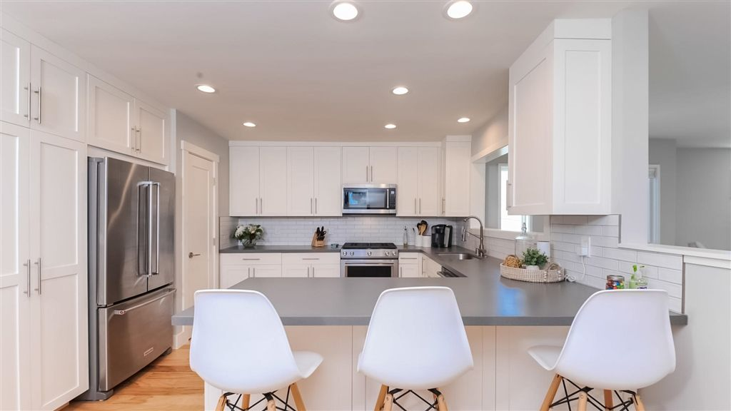 Main Photo: PACIFIC BEACH House for sale : 2 bedrooms : 1018 Beryl St in San Diego