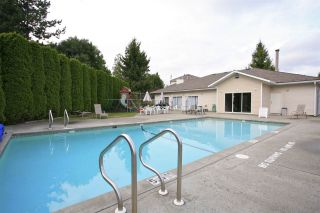"""Photo 17: 4 13958 72 Avenue in Surrey: East Newton Townhouse for sale in """"Upton Place North"""" : MLS®# R2201610"""