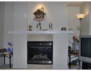 "Photo 3: 21 6539 ELGIN Avenue in Burnaby: Forest Glen BS Townhouse for sale in ""OAKWOOD"" (Burnaby South)  : MLS®# V687530"