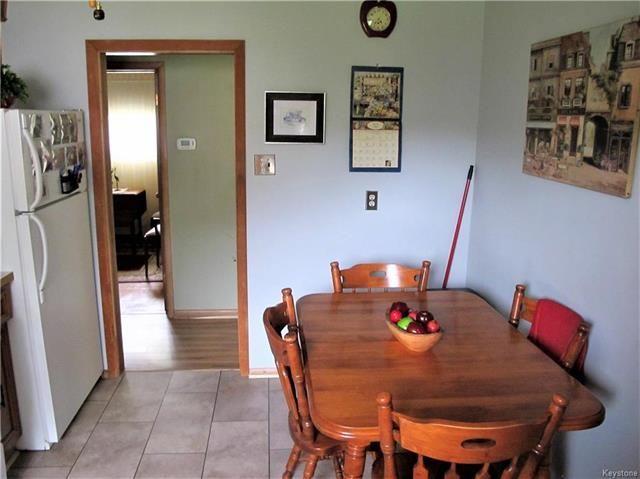 Photo 12: Photos:  in Winnipeg: East Kildonan Residential for sale (3D)  : MLS®# 1814608
