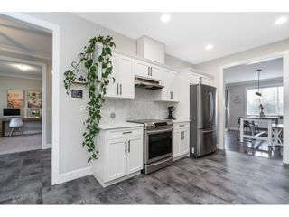 """Photo 6: 4371 MEIGHEN Place in Abbotsford: Abbotsford East House for sale in """"Mountain Village"""" : MLS®# R2546060"""