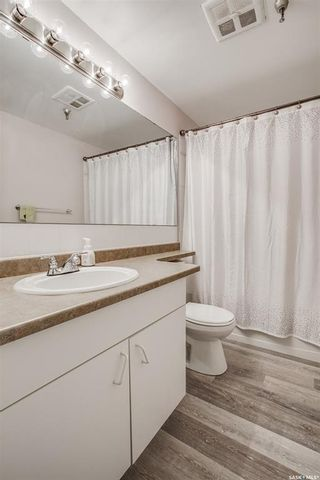 Photo 12: 116 5 Columbia Drive in Saskatoon: River Heights SA Residential for sale : MLS®# SK863728