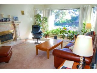 Photo 3: 2665 E 19th Street in Vancouver: Renfrew Heights House for sale (Vancouver East)  : MLS®#  V972025