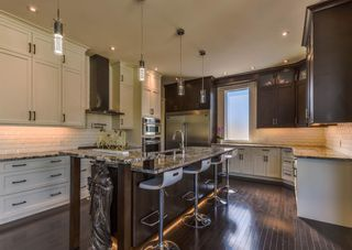 Photo 7: 166 Westover Drive SW in Calgary: Westgate Detached for sale : MLS®# A1125550