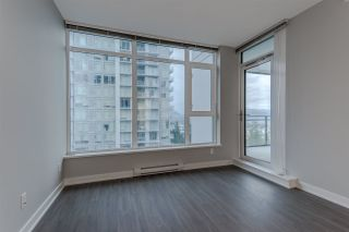 """Photo 5: 1705 4900 LENNOX Lane in Burnaby: Metrotown Condo for sale in """"THE PARK"""" (Burnaby South)  : MLS®# R2223215"""