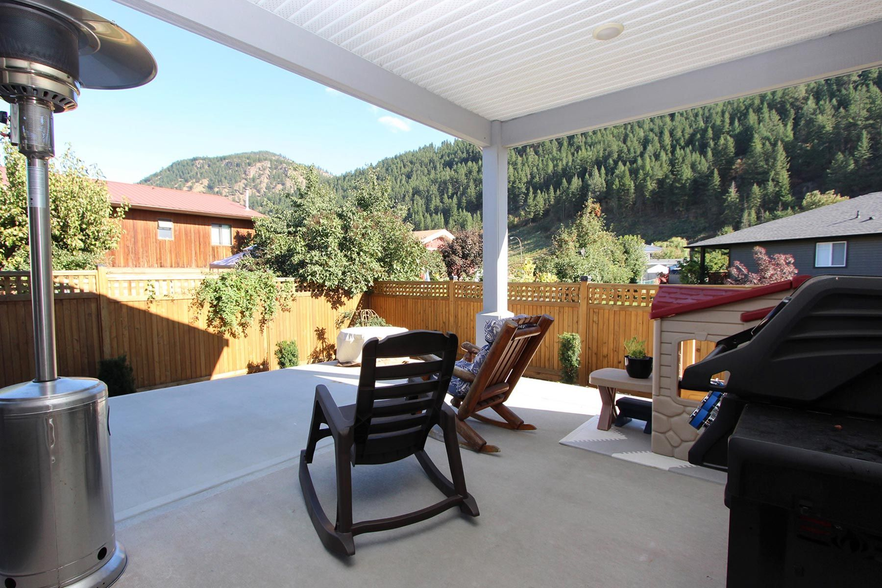 Photo 26: Photos: 199 Ash Drive in Chase: House for sale : MLS®# 10223046