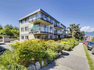 """Photo 19: 4 2223 PRINCE EDWARD Street in Vancouver: Mount Pleasant VE Condo for sale in """"Valko Gardens"""" (Vancouver East)  : MLS®# R2581429"""