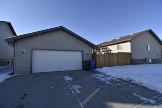 Photo 3: 541 Carriage Lane Drive: Carstairs Detached for sale : MLS®# A1039901