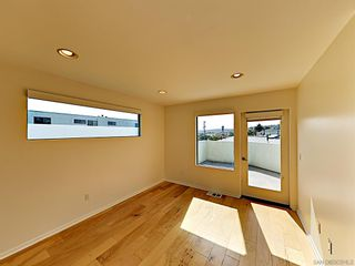 Photo 12: POINT LOMA Condo for rent : 2 bedrooms : 3244 Nimitz Blvd. #8 in San Diego