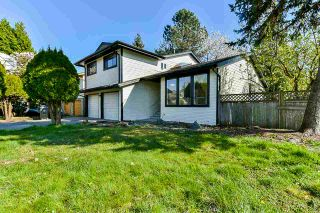Photo 6: 14512 90 Avenue in Surrey: Bear Creek Green Timbers House for sale : MLS®# R2569752