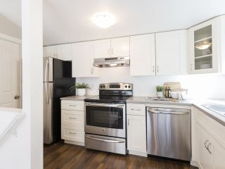"""Photo 12: 735 W 7TH Avenue in Vancouver: Fairview VW Townhouse for sale in """"The Fountains"""" (Vancouver West)  : MLS®# R2544086"""