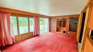 """Photo 4: 18 40022 GOVERNMENT Road in Squamish: Garibaldi Estates Manufactured Home for sale in """"Angelo's Trailer Park"""" : MLS®# R2386554"""