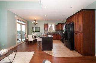 """Photo 12: 402 46021 SECOND Avenue in Chilliwack: Chilliwack E Young-Yale Condo for sale in """"THE CHARLESTON"""" : MLS®# R2406123"""