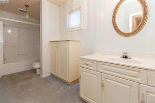 Photo 14: 8591 Lochside Dr in NORTH SAANICH: NS Bazan Bay House for sale (North Saanich)  : MLS®# 790088