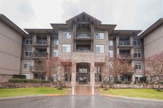 Photo 1: 410 12268 224 Street in Maple Ridge: East Central Condo for sale : MLS®# R2357823