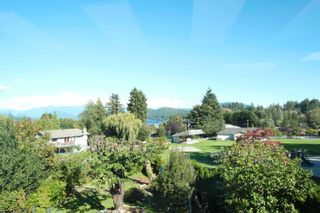 Photo 9: 396 S FLETCHER Road in Gibsons: Gibsons & Area House for sale (Sunshine Coast)  : MLS®# R2622956