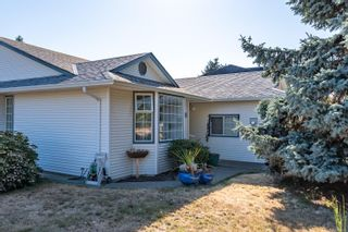 Photo 2: 2201 Bolt Ave in : CV Comox (Town of) House for sale (Comox Valley)  : MLS®# 885528