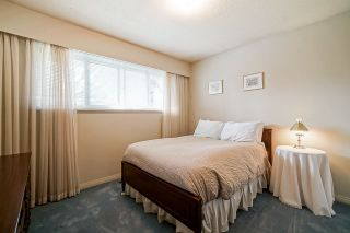"""Photo 18: 1283 PARKER Street: White Rock House for sale in """"EAST BEACH"""" (South Surrey White Rock)  : MLS®# R2562015"""