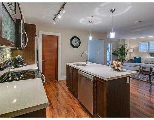 """Main Photo: 306 2138 OLD DOLLARTON Road in North Vancouver: Seymour Condo for sale in """"MAPLEWOOD NORTH"""" : MLS®# V1005795"""